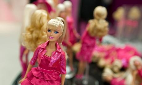 upoznavanje lutke s Barbikom
